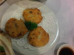 prawn cakes - fish cakes wannabes