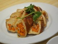 Vegetarian Beancurd roll