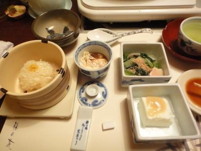 "left : ""Shiew Mai - Glutinous rice with minced meat inside"", Tofu skin with yuzu sauce, vege with fishcake, tofu with some sauce ♥"
