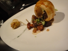 Stewed Beef Tendon with Puff Pastry