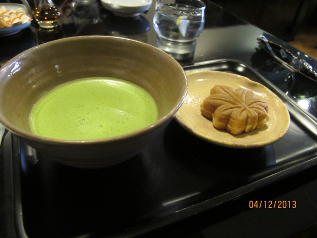 Matcha with Momiji Manju