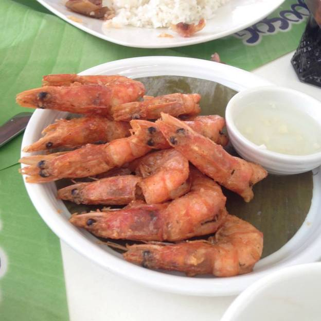 Fried Prawn with vinegar dipping sauce