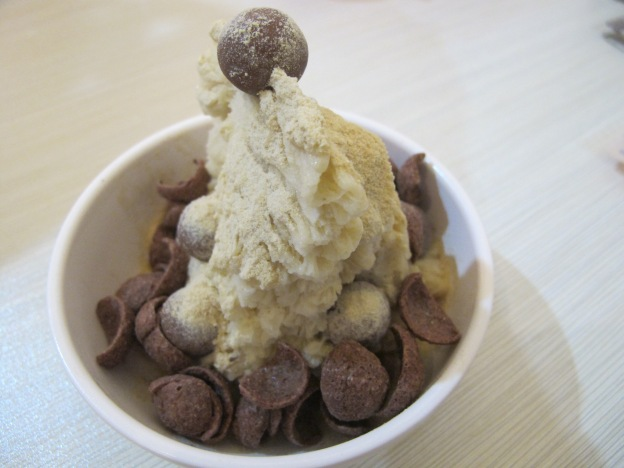 Horlicks shaved ice with milo cornflakes