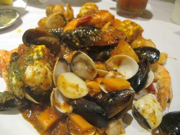 Combo Bag #2:  300g Prawns, 250g Mussels, 250g Clams, Potatoes, Corn, Sausages